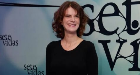 Lícia Manzo apresenta nova sinopse de novela à Globo