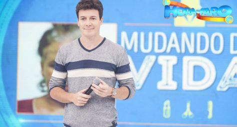 Faro renova contrato e está entre os apresentadores mais bem pagos da TV