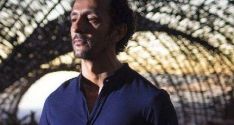 Onde Nascem os Fortes: Irandhir Santos caracterizado como líder religioso