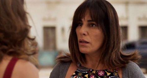 O Outro Lado do Paraíso: Beth acredita no amor de Gael por Clara