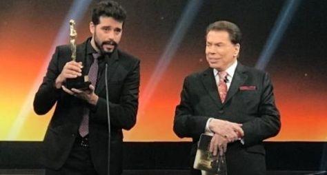 "Silvio Santos ironiza a concorrência: ""Ih, a Record está sendo vista"""
