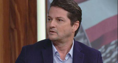 Globo valoriza Marcelo Serrado e renova contrato por longo prazo