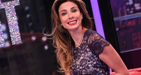 Luciana Gimenez seguirá como contratada da RedeTV!