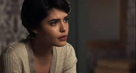 O Outro Lado do Paraíso: Médico avisa que Adriana tem um mês de vida