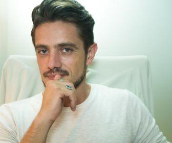 Renato vai acusar Samuel de assédio sexual em O Outro Lado do Paraíso