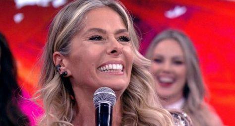 Adriane Galisteu é convidada para atuar em novela das sete da Globo
