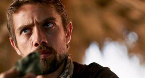 O Outro Lado do Paraíso: Renato sequestrará filho de Clara
