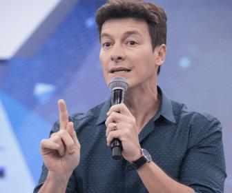 Rodrigo Faro celebra dez anos como funcionário da Record TV