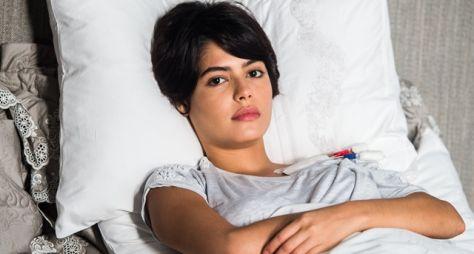 O Outro Lado do Paraíso: Beth salva Adriana com doação de rim