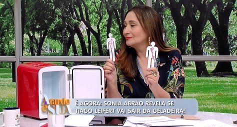 Após pedidos, Sonia Abrão tira Tiago Leifert da 'geladeira' no A Tarde é Sua