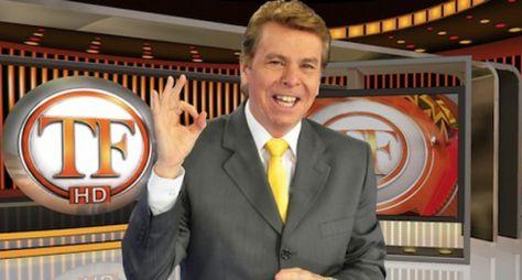 Nelson Rubens renova contrato com a RedeTV! por mais dois anos