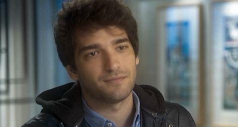 Humberto Carrão volta à telinha em Sob Pressão