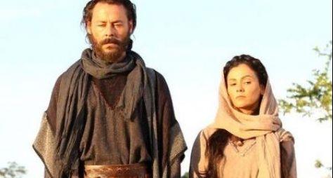 Theo Becker e Susana Alves gravam primeiras cenas da minissérie Lia