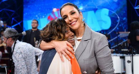 Ivete Sangalo se emociona no programa especial do Dia das Mães