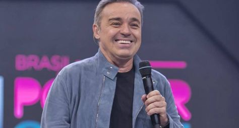 Canta Comigo é o nome do novo programa de Gugu na Record TV