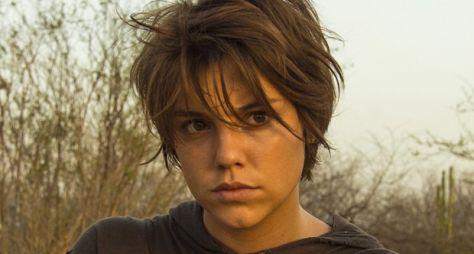 Alice Wegmann pode completar time de protagonistas de Tróia