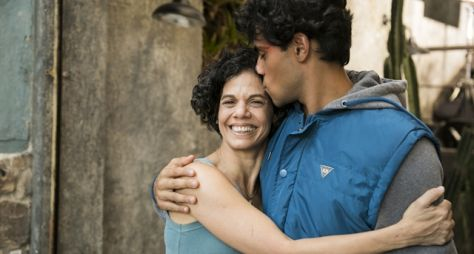 Malhação - Vidas Brasileiras: Violeta e Érico têm encontro emocionante