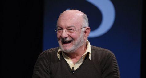"""""""Se a gente não lançar novos autores, a novela acaba"""", afirma Silvio de Abreu"""