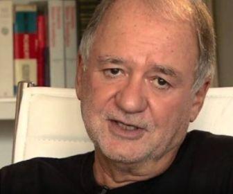 Marcílio Moraes finaliza sinopse e roteiro dePigmalião do Brejo