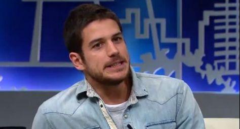 Netflix assedia profissionais da Globo; Marco Pigossi é o primeiro!