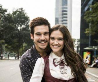 Nicolas Prattes e Juliana Paiva formam casal em O Tempo Não Para