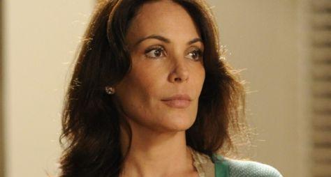Carolina Ferraz recebe convite para integrar elenco do Programa do Ratinho