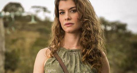 Alinne Moraes será a vilã Isabel em Espelho da Vida