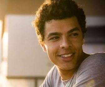 O Sétimo Guardião: Matheus Abreu fará sua primeira novela das nove