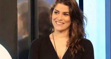 Diretor artístico convida Priscila Fantin para Verão 90 Graus