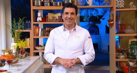 Após flerte com a Record TV, Edu Guedes renova com a RedeTV!