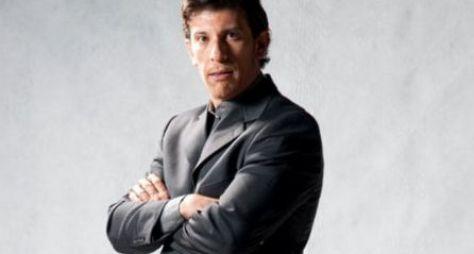 Milhem Cortaz defenderá crossdresser em O Sétimo Guardião