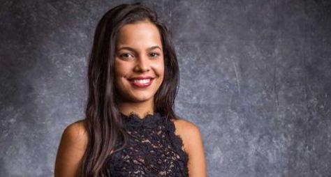 Record TV acerta com irmã gêmea de Emilly para A Fazenda