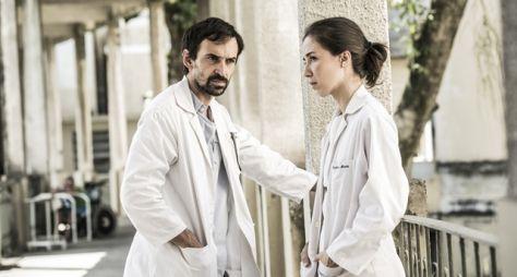 Sob Pressão: Carolina e Evandro, um casal de heróis