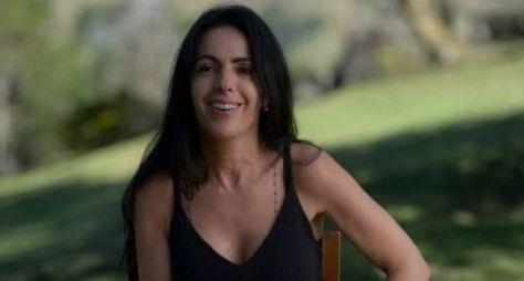 """Supersérie global: Maria Camargo está adaptando """"Um Defeito de Cor"""""""