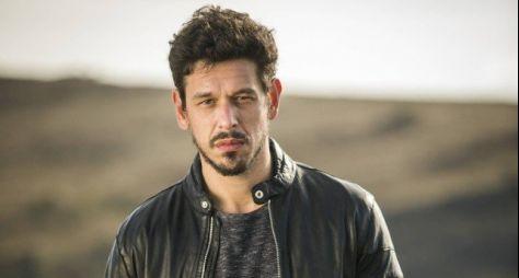 João Vicente de Castro interpretará dois personagens em Espelho da Vida