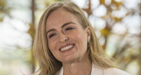 Angélica tem reunião com direção da TV Globo