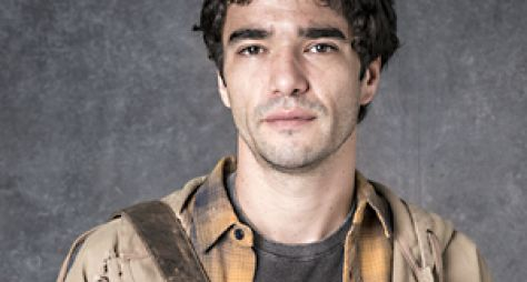 Caio Blat caraterizado para a próxima novela das nove