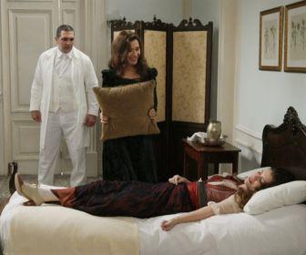 Orgulho e Paixão: Briana visita Lady Margareth e Elisabeta sofre atentado