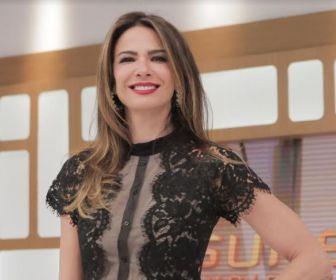 Nicole Bahls participa ao vivo do 'SuperPop' desta quarta-feira (19)