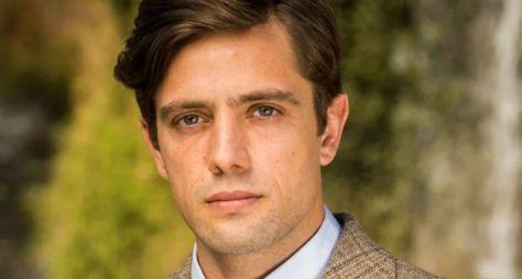 Rafael Cardoso comenta sobre o desafio de emendar uma novela na outra