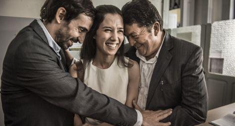 Sob Pressão: Carolina e Evandro se casam