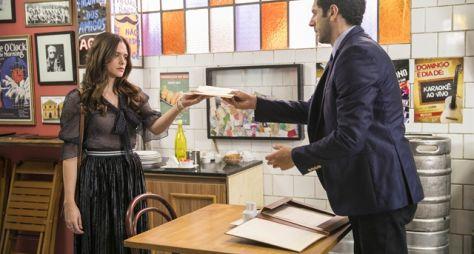 O Tempo Não Para: Emilio usa chantagem para convencer Marocas a se casar com ele