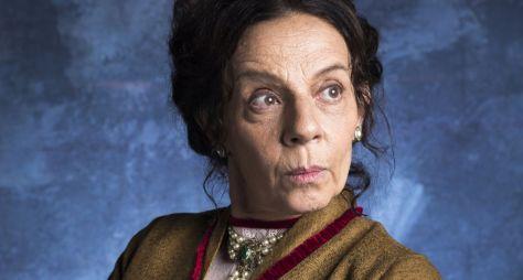 Autor de O Tempo Não Para muda roteiro para justificar ausência de atriz