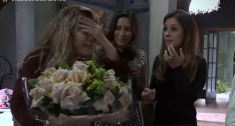 Adriana Esteves se emociona com homenagem a Renata Sorrah