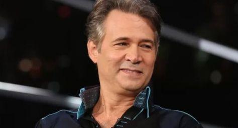 Nelson Freitas viverá pai de Samuca em O Tempo Não Para