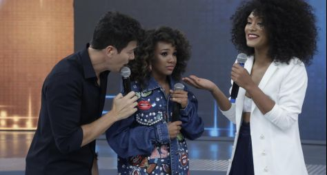 No Hora do Faro, modelo realiza sonho de conhecer ex-miss Brasil