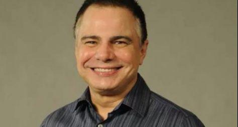Globo convida Ricardo Linhares para supervisionar o texto de Priscila Steinman