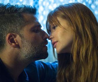 O Sétimo Guardião: Luz e Gabriel se beijam