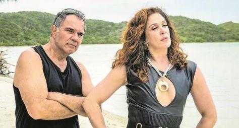 Humberto Martins e Claudia Raia gravam cenas de Verão 90