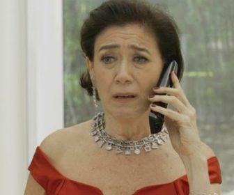 Em O Sétimo Guardião, Valentina esfaqueará Olavo